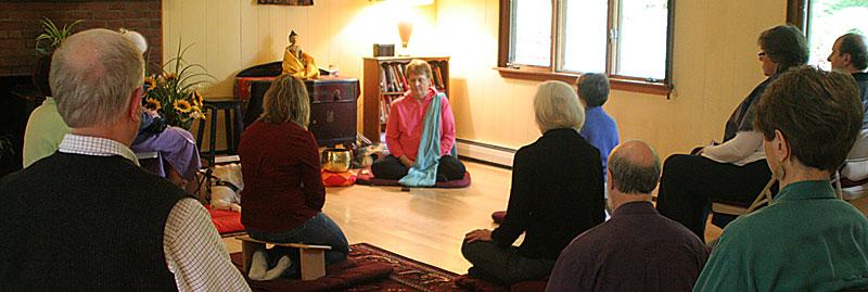 buddhist-meditation-class-retreat